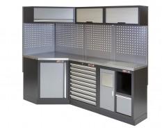 Complete werkplaatsinrichting, werkbank + hoekstuk met metaal omkleed werkblad, gereedschapskast, 223 X 200 cm.