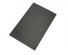 Zachte dunne non-woven foam mat met logo 459 x 597 x 2,5 mm voor lade gereedschapswagen
