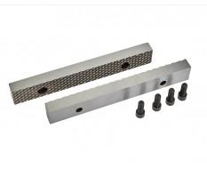 Set van 2 stuks 200 mm verwisselbare geharde bekken voor bankschroef 1629C incl. 4 schroeven
