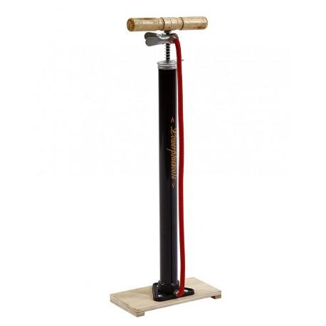 Nederlandse fietspomp – klassieke fietspomp - staal met houten voetplaat